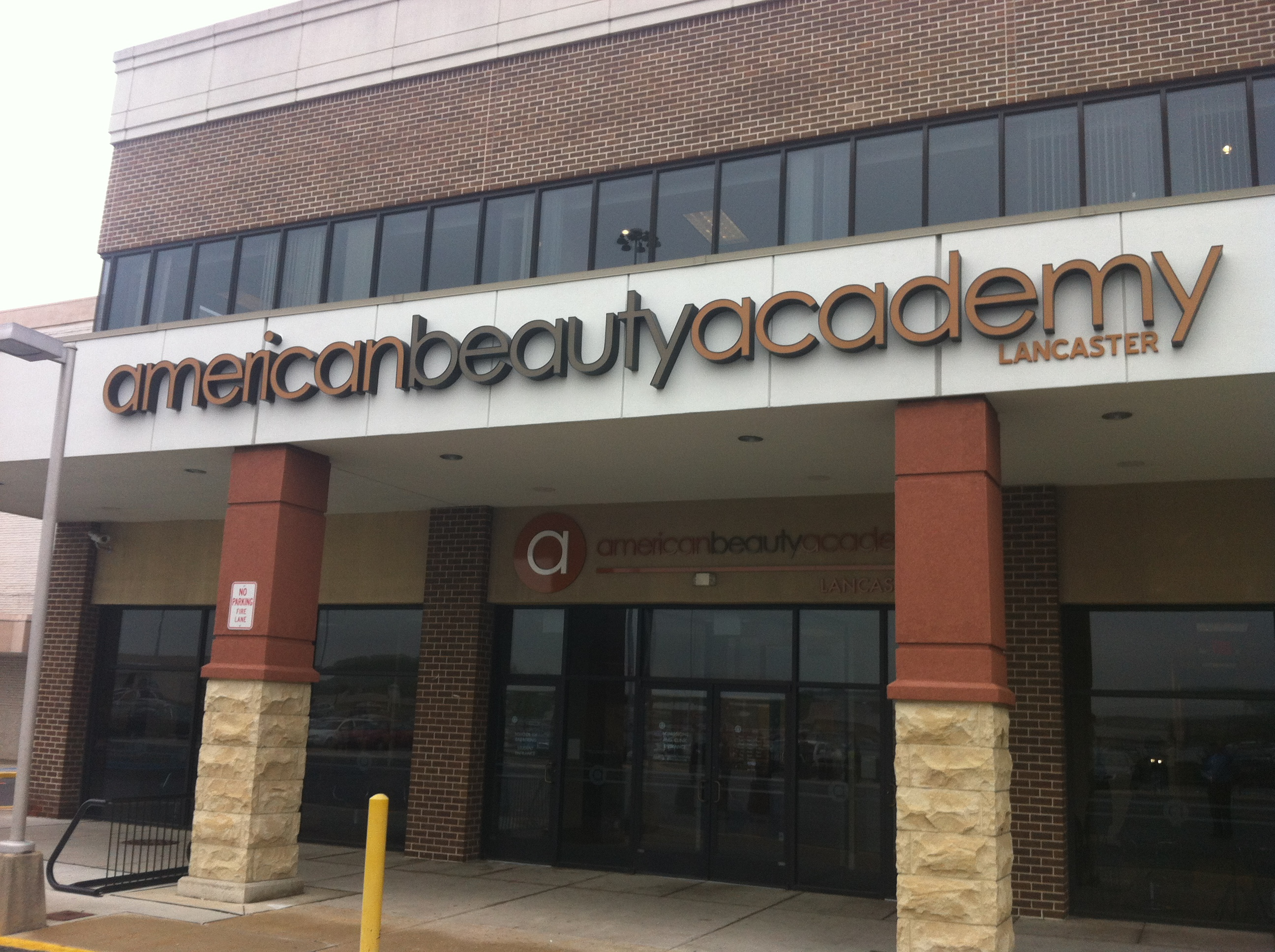American Beauty Academy, Park City Mall, Lancaster, Pennsylvania