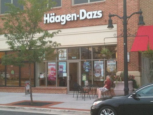 Haagen Dazs--Lansdowne Town Center, Leesburg, Virginia